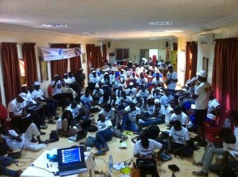 Des blogueurs sénégalais lors d'une rencontre denommée Ndadjetweetup
